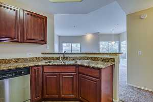 MLS # 5858647 : 600 GROVE UNIT 2031