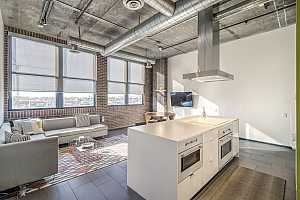 MLS # 5865663 : 21 6TH UNIT 509
