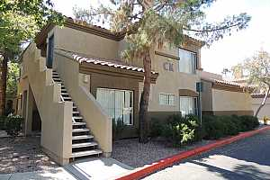 MLS # 5879299 : 600 GROVE UNIT 2137