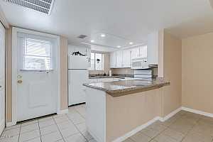 MLS # 5893878 : 886 GALVESTON UNIT 119