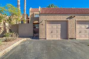 MLS # 5897090 : 2524 EL PARADISO UNIT 24