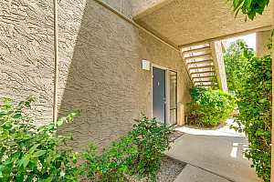MLS # 5909400 : 1205 NORTHSHORE UNIT 121