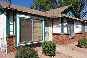 More Details about MLS # 5985680 : 1055 N RECKER ROAD #1213