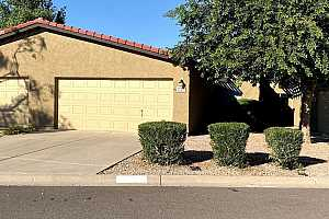 More Details about MLS # 6000059 : 1220 E BLUEBELL LANE