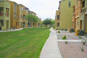 MLS # 5652512 : 2402 5TH UNIT 1553