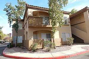 MLS # 5713717 : 600 GROVE UNIT 2048