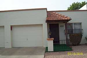 MLS # 5738889 : 440 PARKCREST UNIT 28