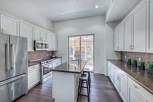 MLS # 5774765 : 421 6TH UNIT 1007