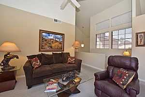 MLS # 5790196 : 1001 PASADENA UNIT 75