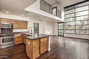 More Details about MLS # 6125340 : 1300 W 5TH STREET #1013