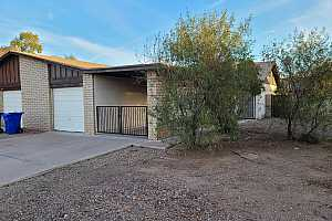 More Details about MLS # 6163706 : 1339 E PALMDALE DRIVE