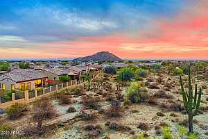 More Details about MLS # 6170025 : 1836 N RED CLIFF