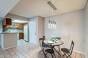 More Details about MLS # 6265637 : 540 N MAY -- #2082