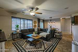 More Details about MLS # 6269335 : 1350 S GREENFIELD ROAD #2083