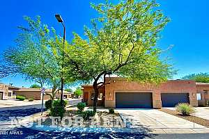 More Details about MLS # 6275125 : 25 S QUINN CIRCLE #33