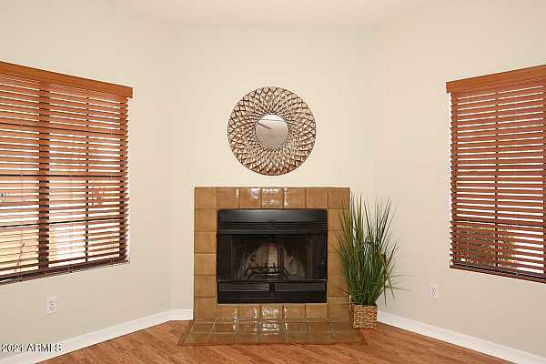 Photo #5 Great Room-Fireplace