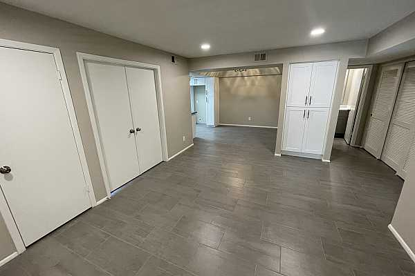 Photo #7 Greatroom with dining area