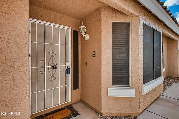 Photo #5 4-468509563-05 Exterior Front Entry