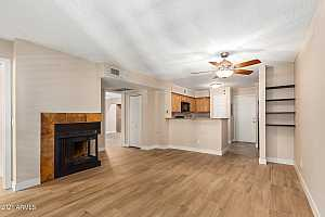 Browse active condo listings in HUDSON TRACE
