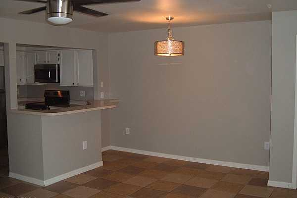 Photo #4 dining alcove
