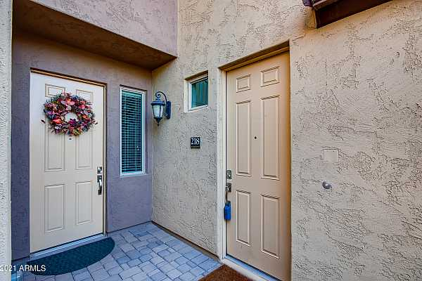 Photo #4 7-795807666-04 Exterior Front Entry - Co