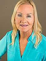 Real Estate Agent Mary Ann Kren